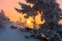 rassvet-v-bajanaulskih-gorah-kazahstan-avtor-foto-aleksandr-kuznecov