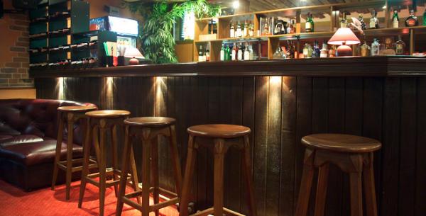 Как сделать бар в кафе