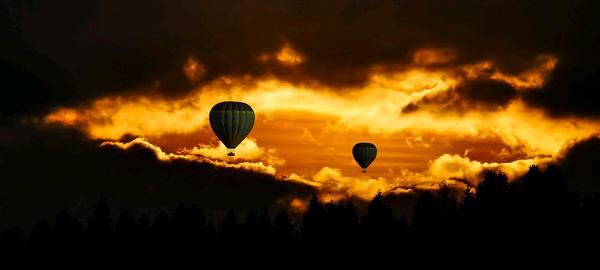 Воздушный шар – развлечение или оружие?