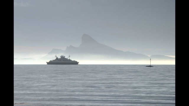 Ola Bremnes - Vind (Flaggskipet Rødøy - med bilder fra farleden)