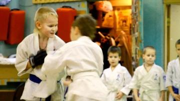 Зачем Детям Боевые Искусства? Карате. Ояма-карате. Говорит ЭКСПЕРТ /Says Expert/